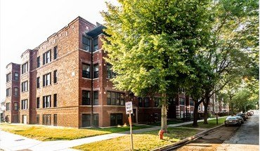 7801 S Cornell Ave Apartment for rent in Chicago, IL