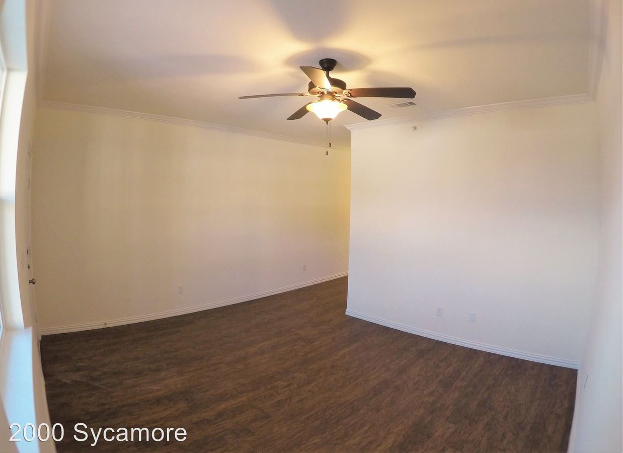 1 Bedroom 1 Bathroom Apartment for rent at 2000 Sycamore in Huntsville, TX