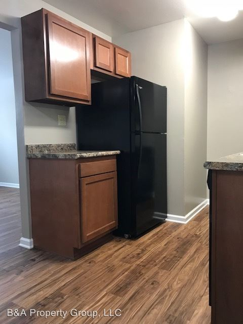 1 Bedroom 1 Bathroom Apartment for rent at 985 Grand Canyon Parkway in Hoffman Estates, IL