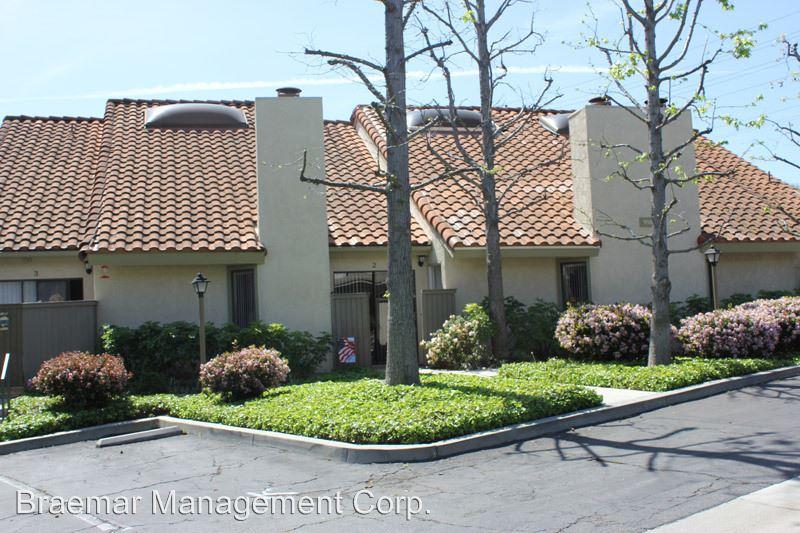 2 Bedrooms 2 Bathrooms Apartment for rent at 910 North Harbor Bl in La Habra, CA