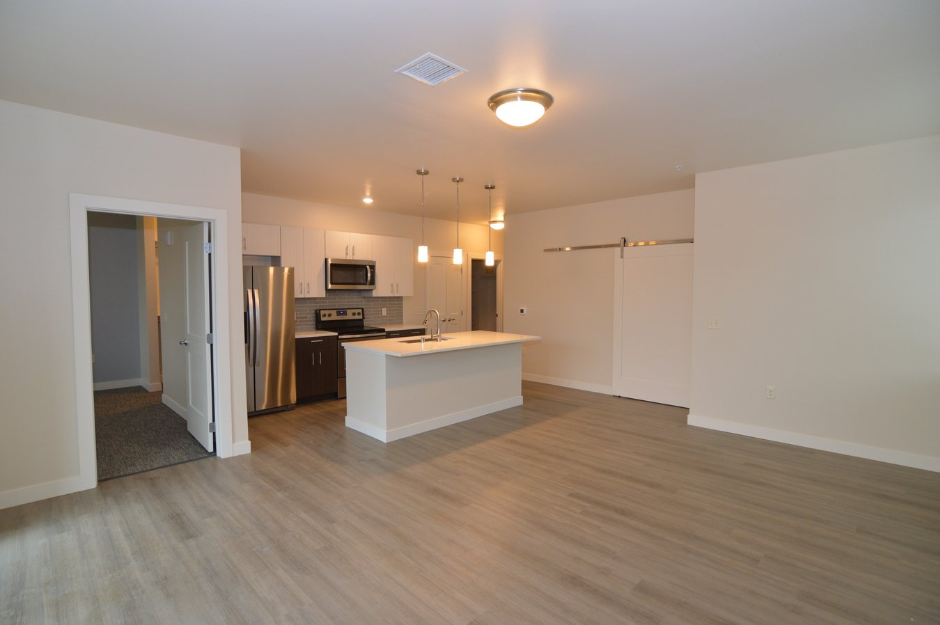 2 Bedrooms 2 Bathrooms Apartment for rent at Oakland On Monroe in Madison, WI