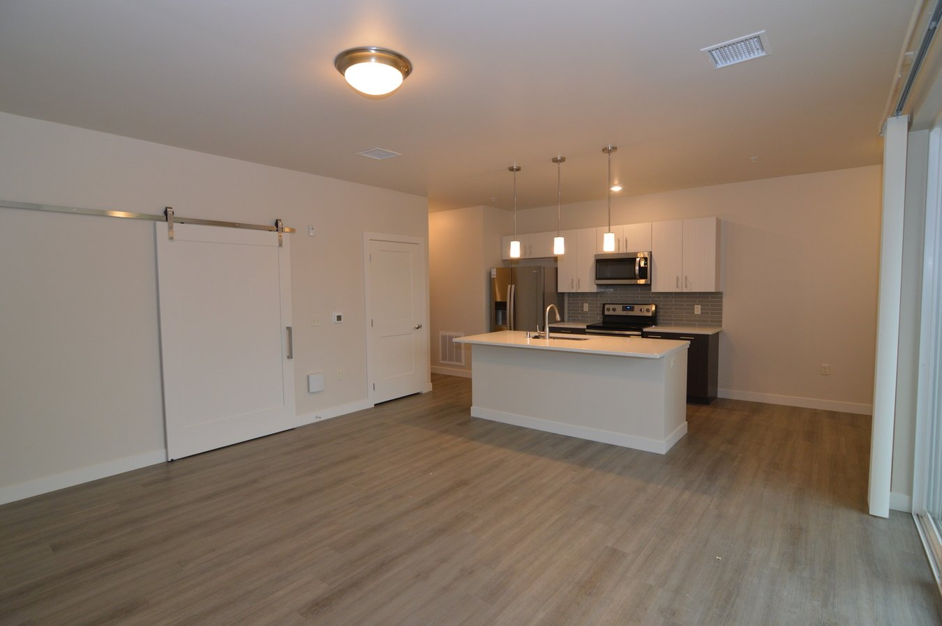 1 Bedroom 1 Bathroom Apartment for rent at Oakland On Monroe in Madison, WI