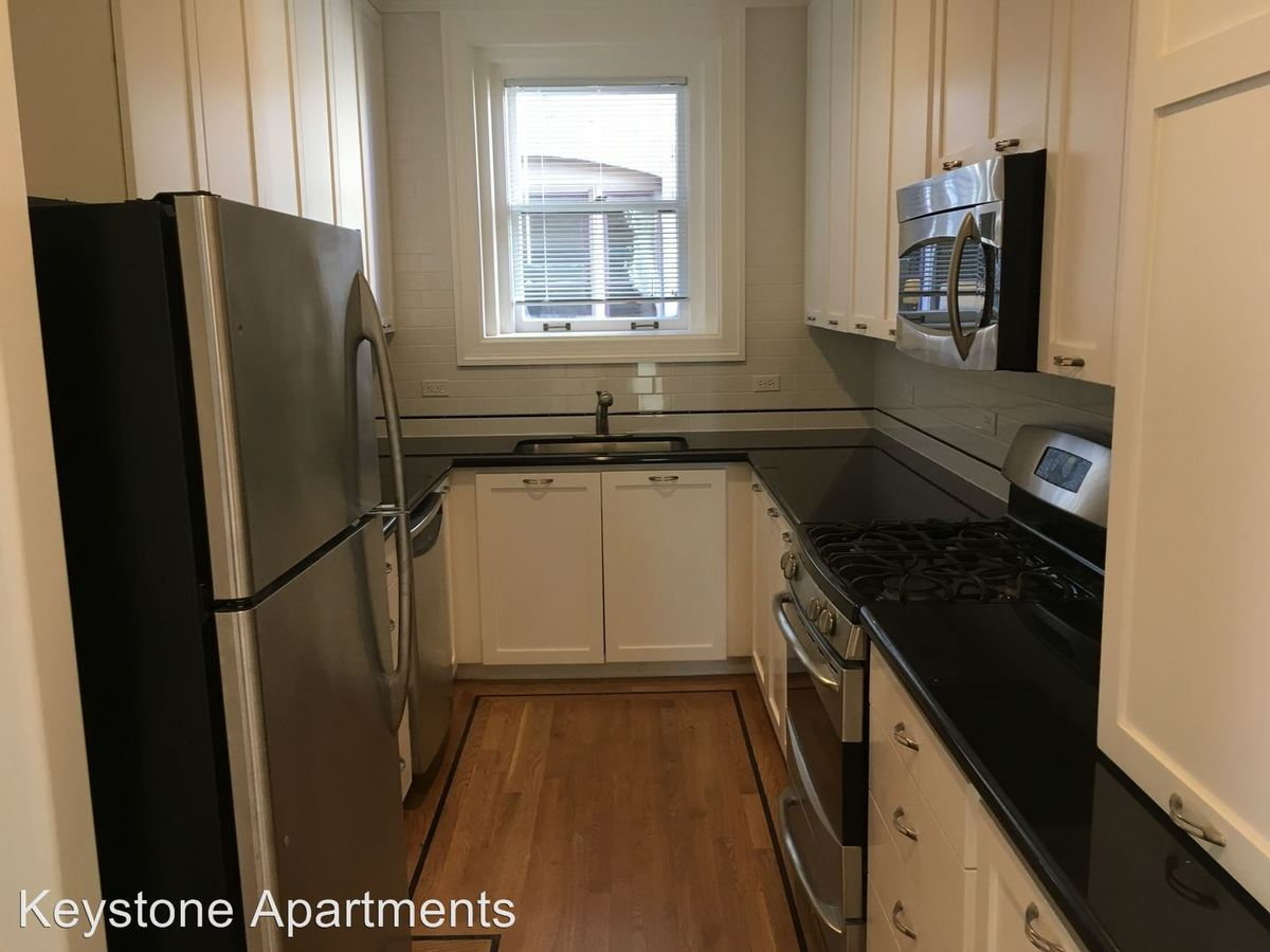 2 Bedrooms 1 Bathroom Apartment for rent at 1369 Hyde Street in San Francisco, CA