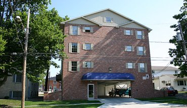 108 W Locust Apartment for rent in Normal, IL