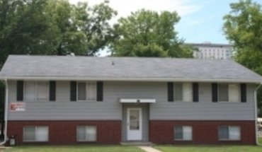 115 W Willow Apartment for rent in Normal, IL