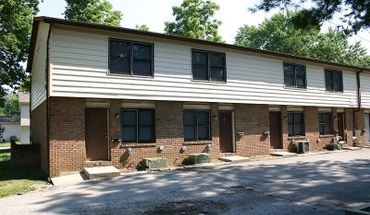 204 N Walnut Apartment for rent in Normal, IL