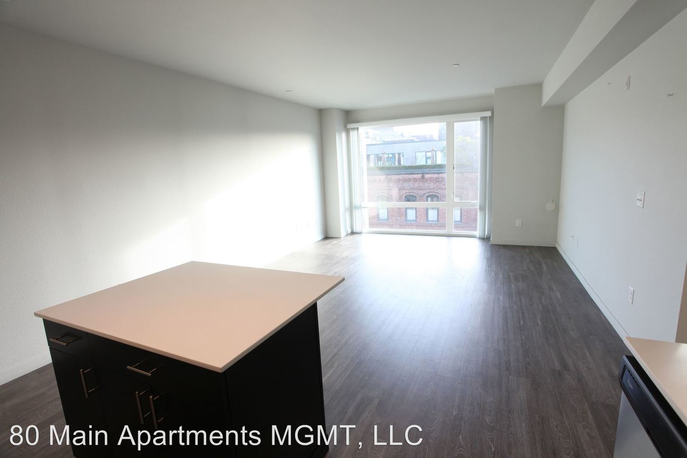 2 Bedrooms 2 Bathrooms Apartment for rent at 80 S Main St in Seattle, WA