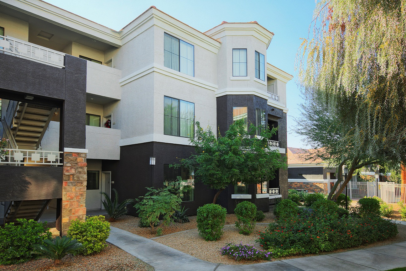 Enclave at Arrowhead for rent