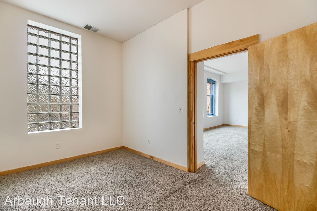 3 Bedrooms 1 Bathroom Apartment for rent at 401 S Washington Sq in Lansing, MI