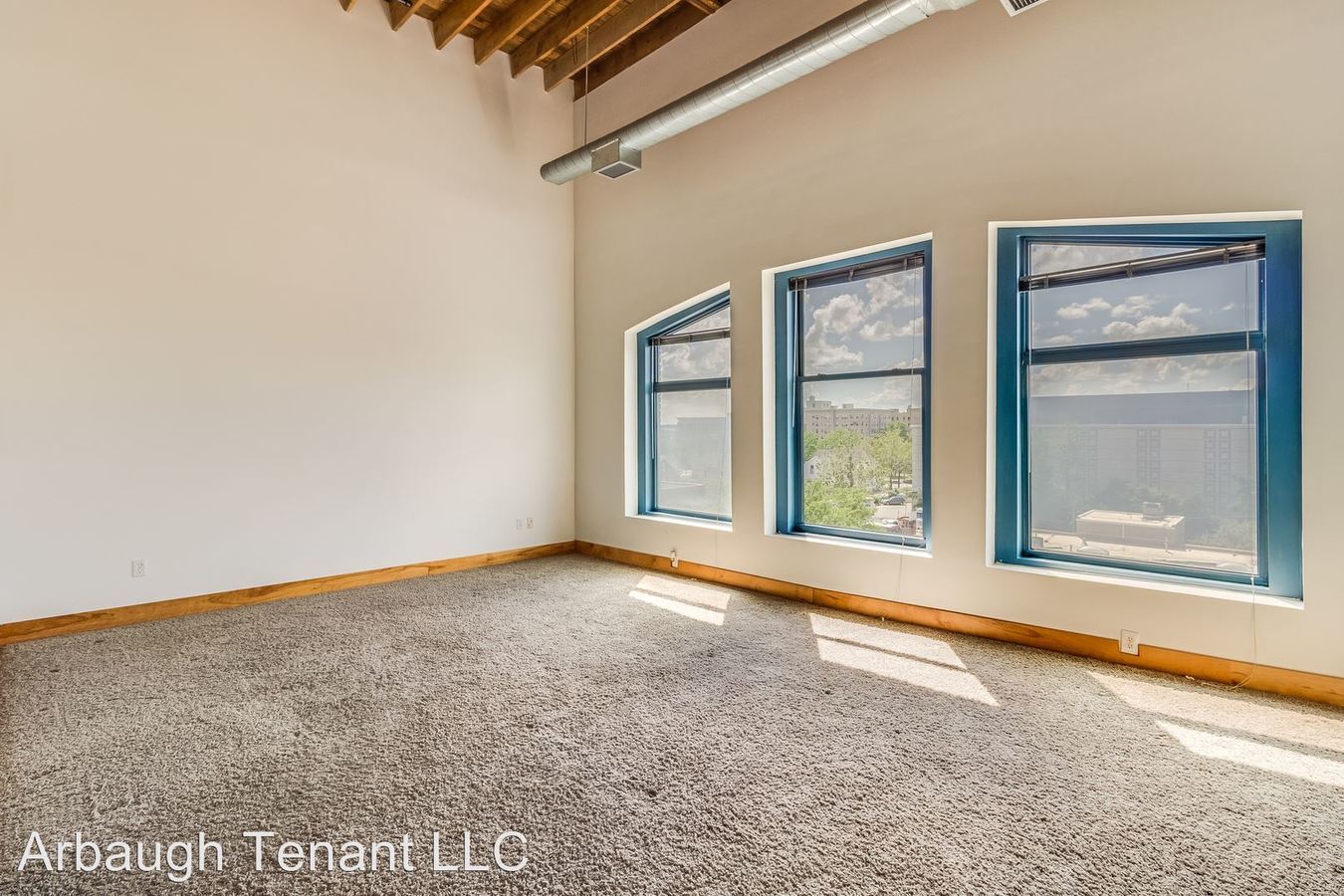 2 Bedrooms 1 Bathroom Apartment for rent at 401 S Washington Sq in Lansing, MI