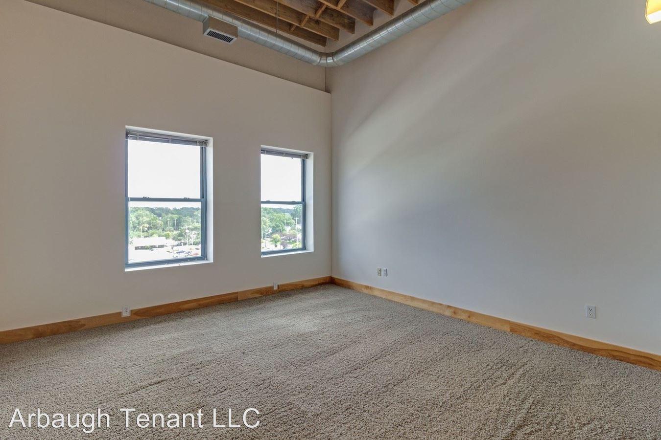 1 Bedroom 1 Bathroom Apartment for rent at 401 S Washington Sq in Lansing, MI