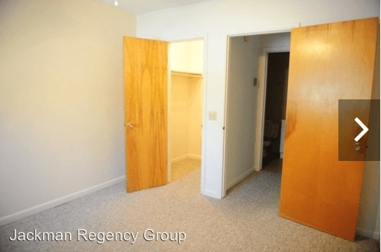 1 Bedroom 1 Bathroom Apartment for rent at 3940 Jackman in Toledo, OH
