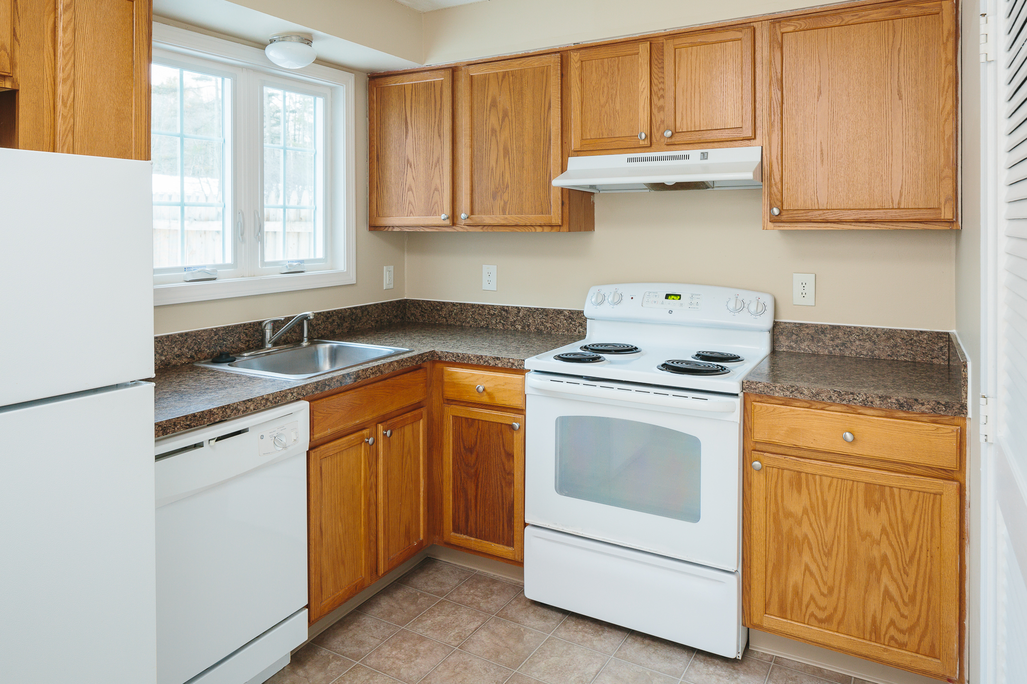 Apartments Near Saint Joseph's Yarmouth Green for Saint Joseph's College of Maine Students in Standish, ME