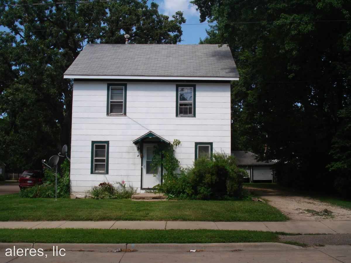1 Bedroom 1 Bathroom Apartment for rent at 610 8th Street Sw in Austin, MN