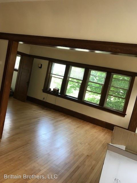 2 Bedrooms 1 Bathroom Apartment for rent at 1975 S. 71st. St. in West Allis, WI