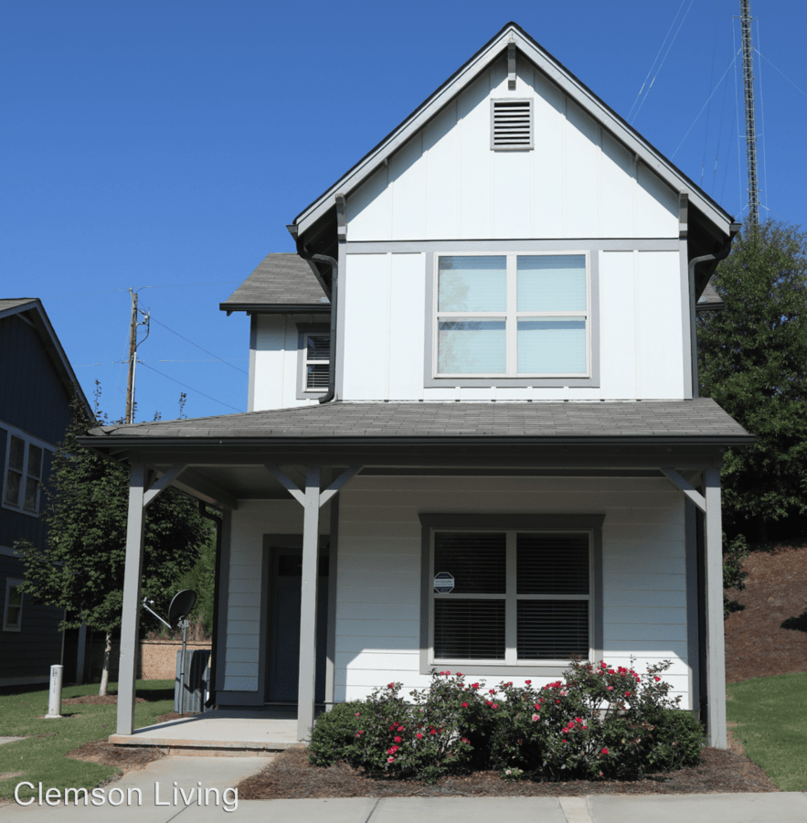 3 Bedrooms 3 Bathrooms Apartment for rent at 708 Old Central Road in Central, SC