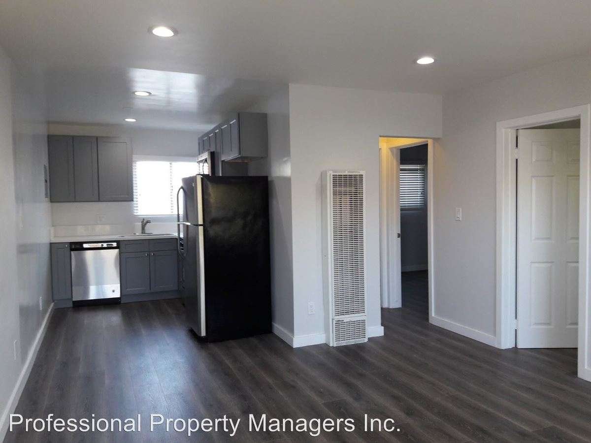 2 Bedrooms 1 Bathroom Apartment For Rent At 2727 2741 Abbot Kinney Blvd In Venice