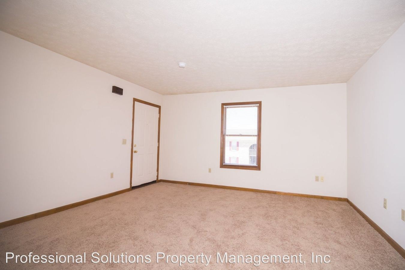 2 Bedrooms 1 Bathroom Apartment for rent at 209 Keystone Property Investments in Richmond, KY