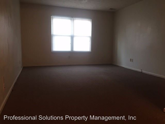 2 Bedrooms 1 Bathroom Apartment for rent at 329-337 Burns Avenue in Winchester, KY