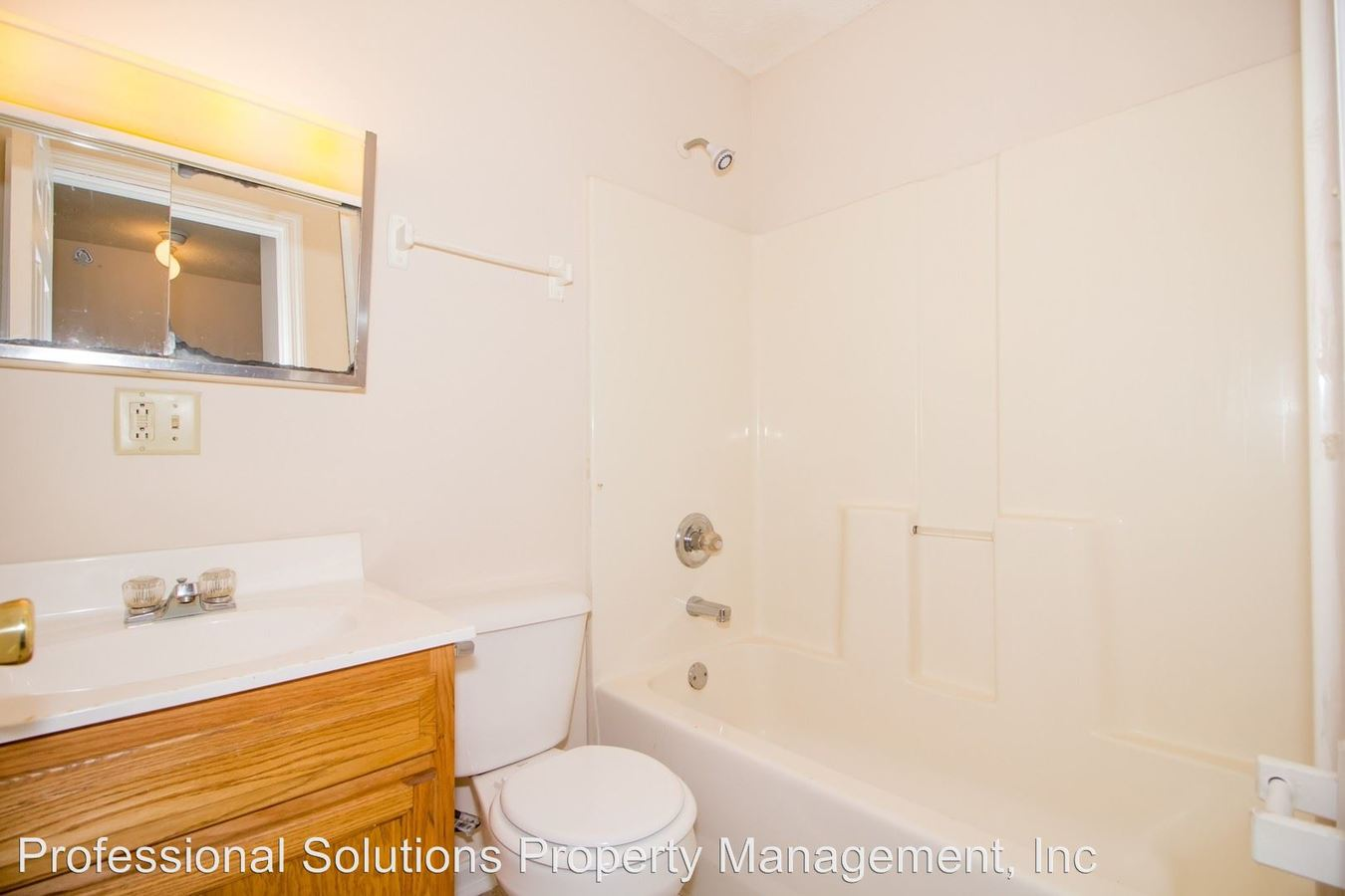 2 Bedrooms 1 Bathroom Apartment for rent at 431 Jason Dr. in Richmond, KY