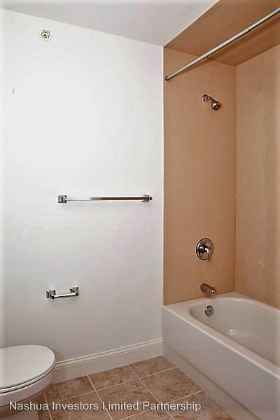 2 Bedrooms 2 Bathrooms Apartment for rent at 105 Spit Brook Road in Nashua, NH