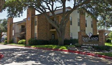 Lakeland Apartments Apartment for rent in Lewisville, TX