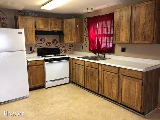 2 Bedrooms 1 Bathroom Apartment for rent at 8 Sands St in Cortland, NY