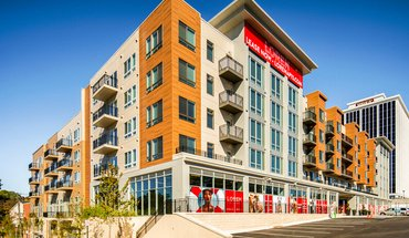 Loren Apartment for rent in Falls Church, VA