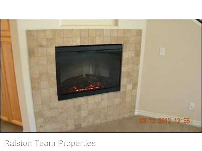 3 Bedrooms 3 Bathrooms Apartment for rent at 8746 Ildica St in Spring Valley, CA