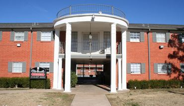 Similar Apartment at 5115 E 47th Place