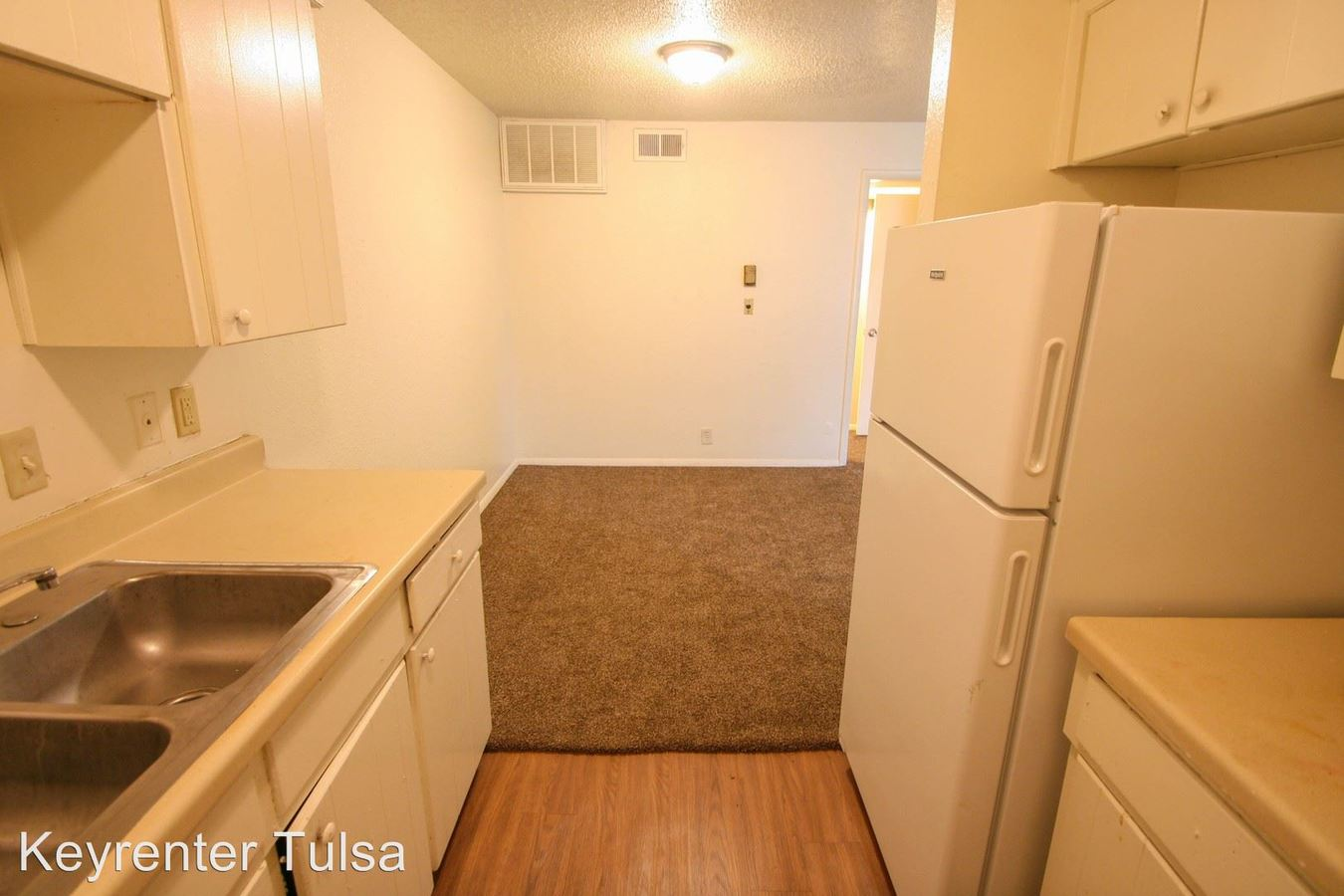 1 Bedroom 1 Bathroom Apartment for rent at Old South Apartments in Tulsa, OK