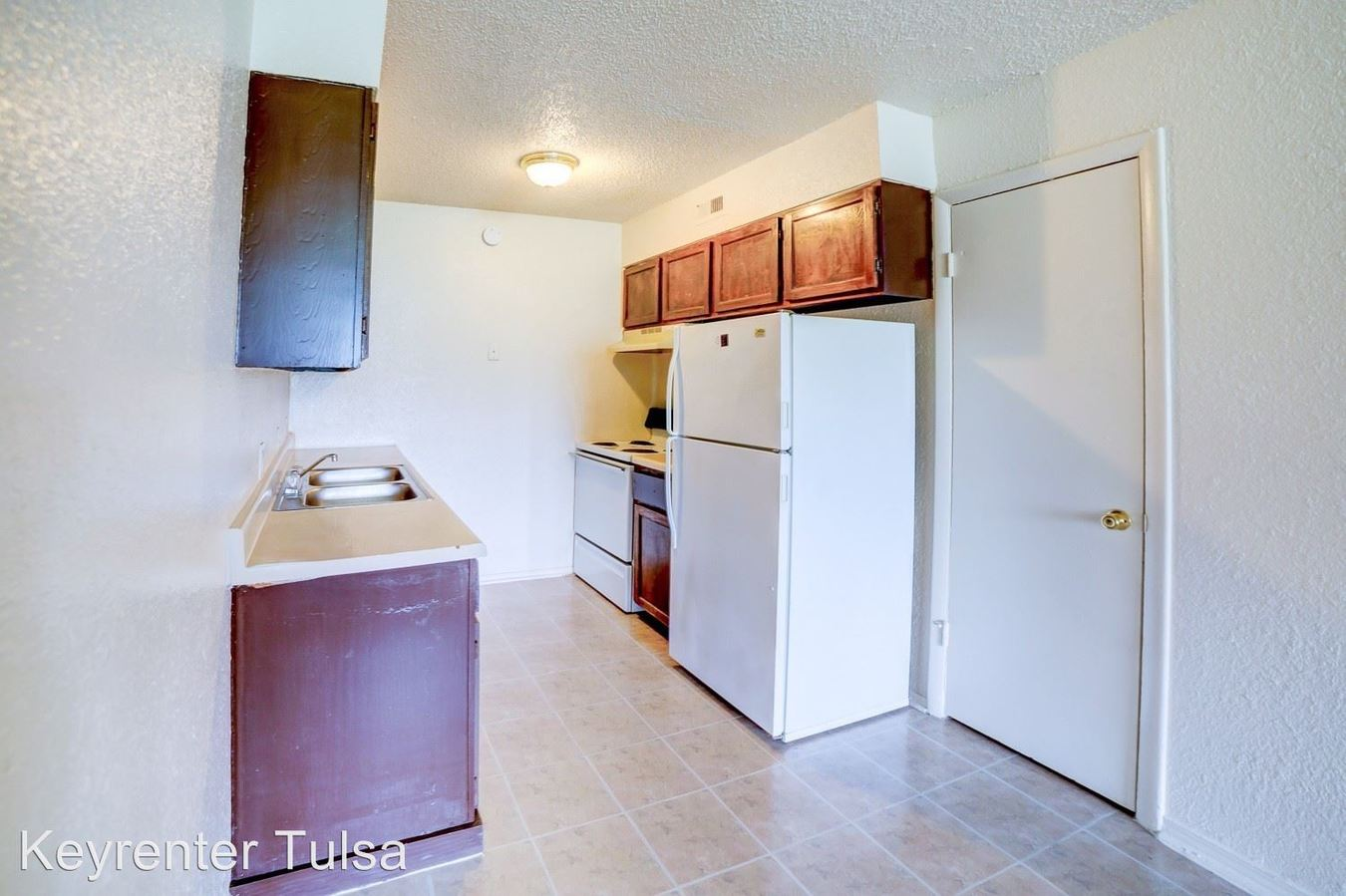 2 Bedrooms 1 Bathroom Apartment for rent at 444 South Mingo Road in Tulsa, OK