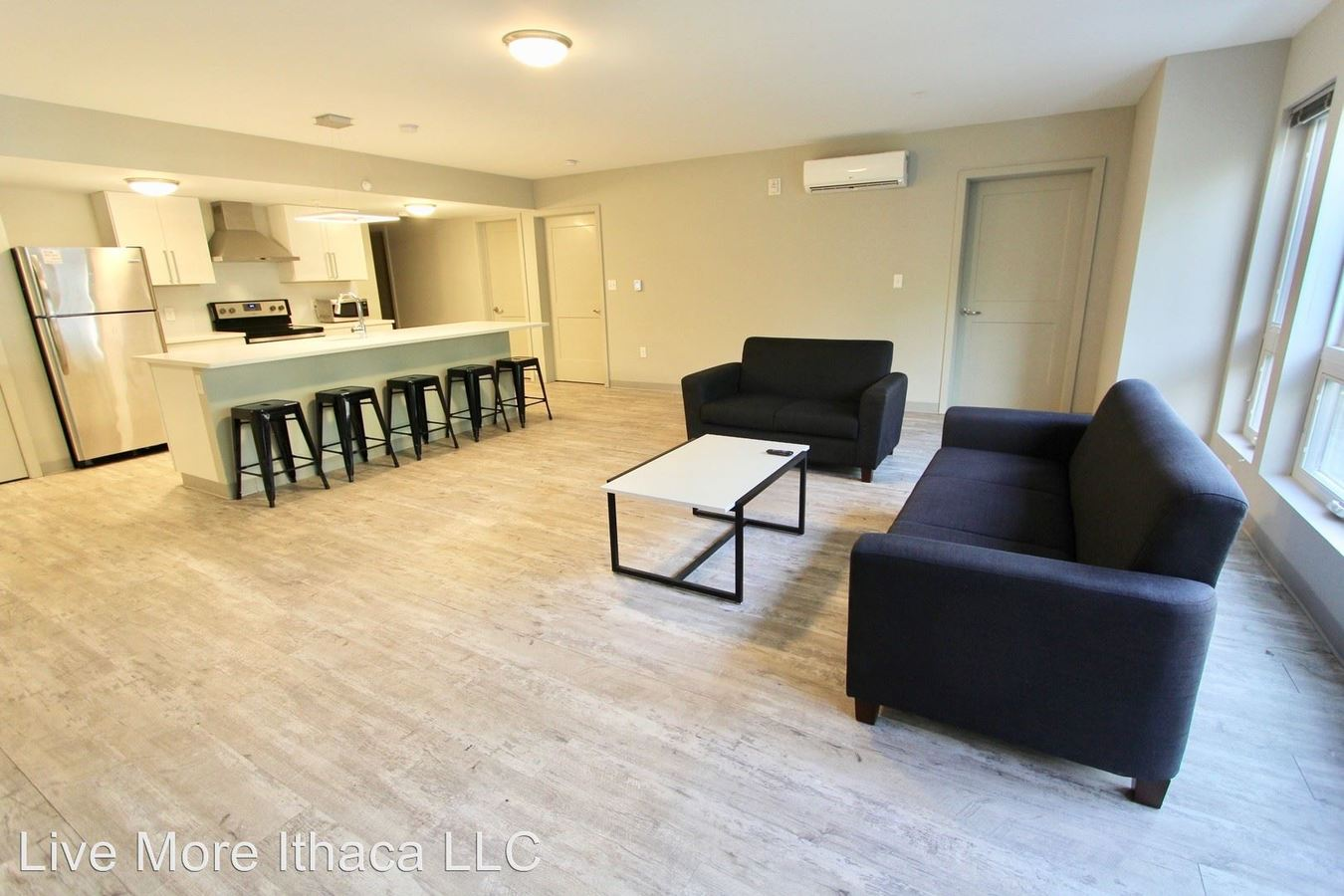 Studio 4+ Bathrooms Apartment for rent at 114 Summit Ave in Ithaca, NY