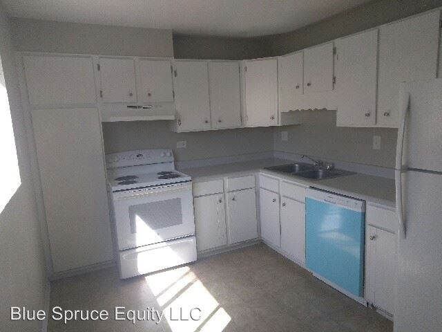 2 Bedrooms 1 Bathroom Apartment for rent at 78 West Walnut Street in Brighton, CO