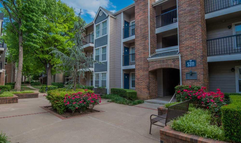 Waterford Apartment Homes Apartments Tulsa, OK