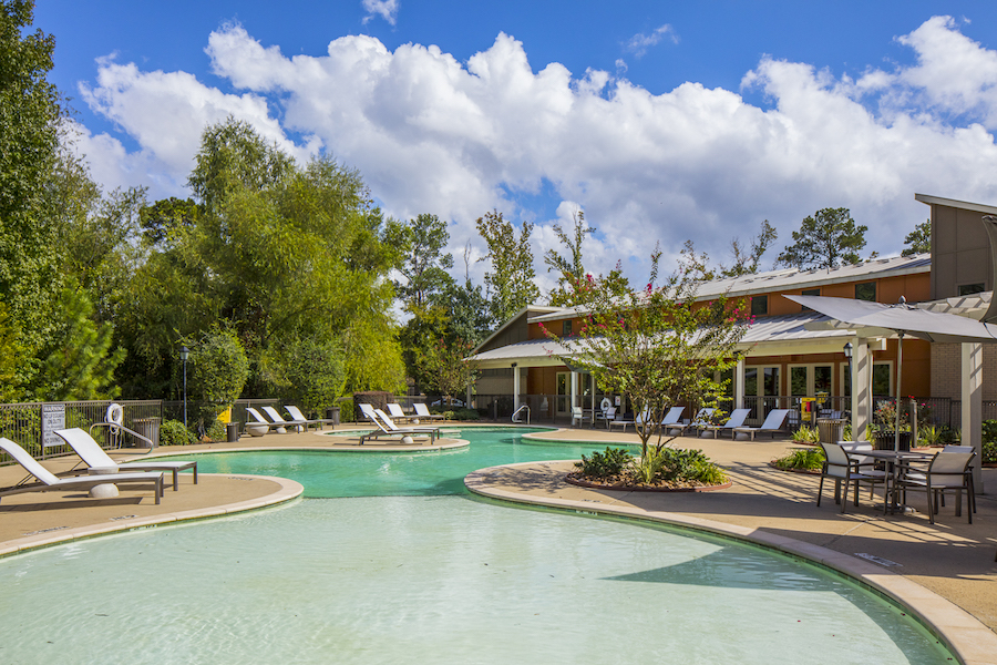 Apartments Near SHSU Republic At Sam Houston for Sam Houston State University Students in Huntsville, TX