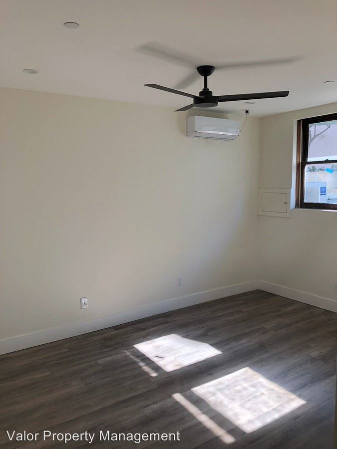 2 Bedrooms 1 Bathroom Apartment for rent at 4242 Campus Ave in San Diego, CA
