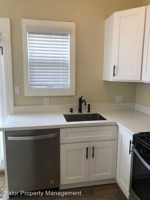 1 Bedroom 1 Bathroom Apartment for rent at 4260 Campus Ave in San Diego, CA