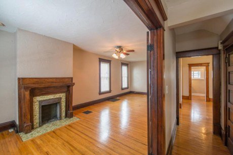 Studio 1 Bathroom Apartment for rent at Bottom Mithoff in Columbus, OH
