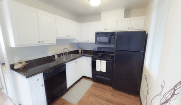Canterbury Court Apartment for rent in Eugene, OR