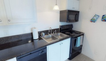 Woodside Manor Apartment for rent in Eugene, OR