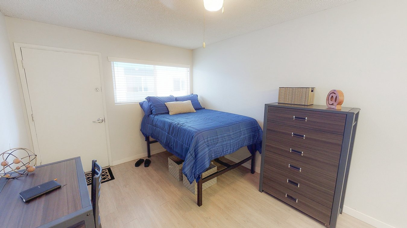 4 Bedrooms 1 Bathroom Apartment for rent at Campus Court in Eugene, OR