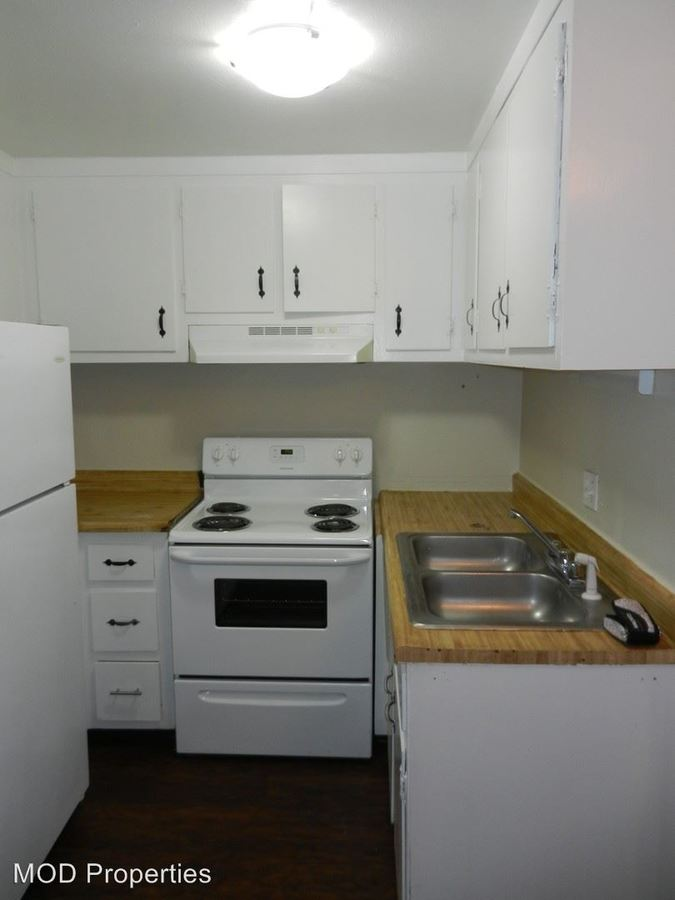 2 Bedrooms 1 Bathroom Apartment for rent at 1400 W. Mississippi Ave. in Denver, CO