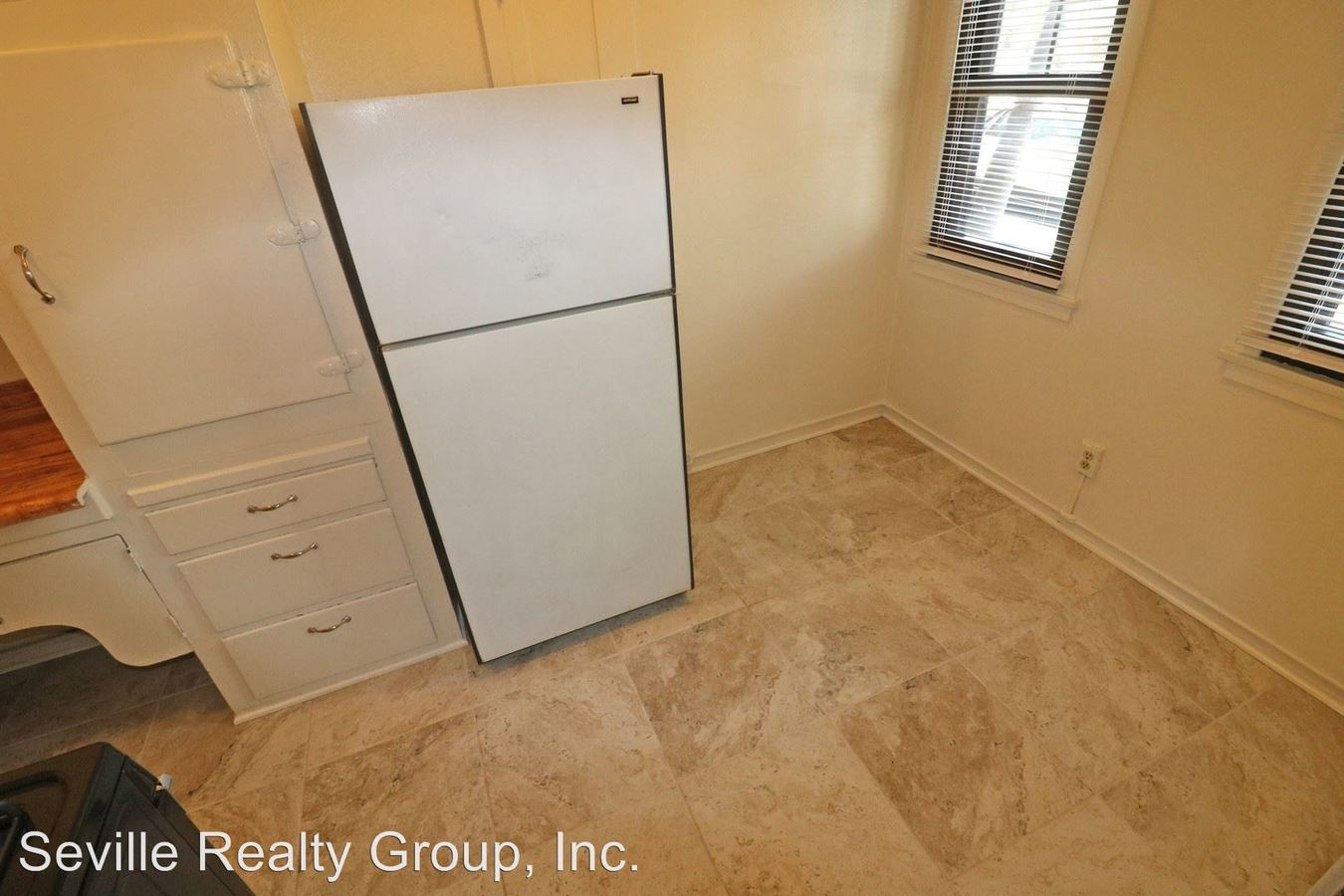 Studio 1 Bathroom Apartment for rent at 202- 21 Second Avenue in San Diego, CA