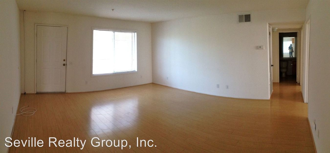 3 Bedrooms 2 Bathrooms Apartment for rent at 1304-48 Brunner Street in San Diego, CA