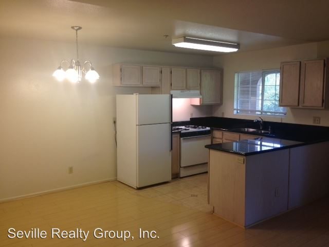 2 Bedrooms 2 Bathrooms Apartment for rent at 1304-48 Brunner Street in San Diego, CA