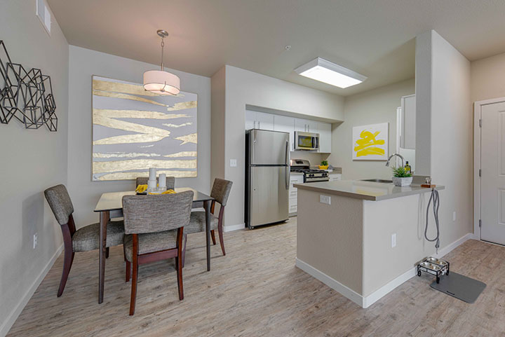 The Landing at College Square rental
