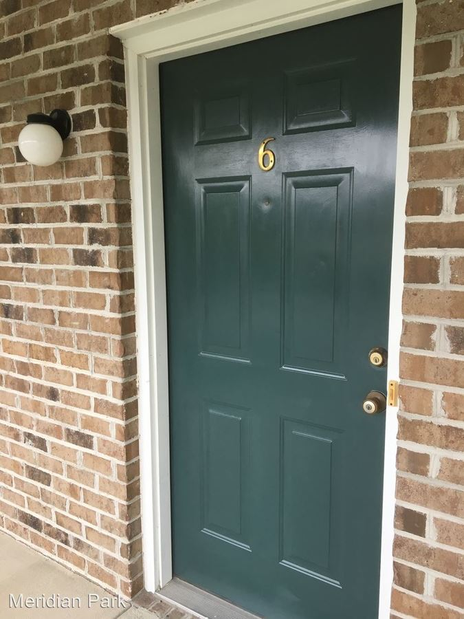 1 Bedroom 1 Bathroom Apartment for rent at 2707 Meridian Drive in Greenville, NC