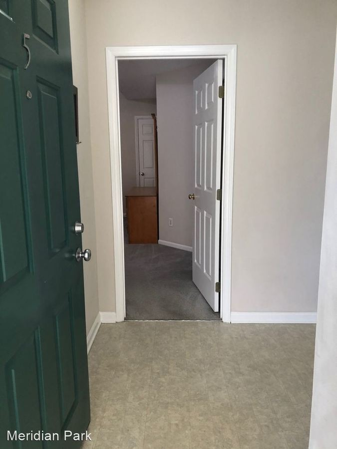 2 Bedrooms 2 Bathrooms Apartment for rent at Meridian Park in Greenville, NC