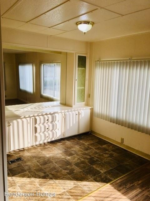 2 Bedrooms 2 Bathrooms Apartment for rent at 954 Henderson Avenue in Sunnyvale, CA
